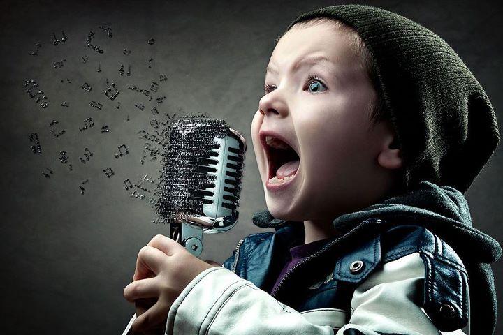 Voz Terapia_Revista Vida Interessante_cantando