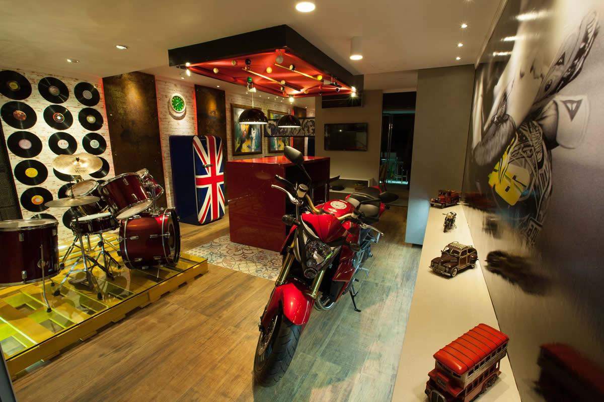 Foto:Casa Foz Design - Espaço Duas Rodas por Diego Gazzone, Maicon Conte, Milton Salvatti e Graziele Sonda, para a Casa Foz Design.