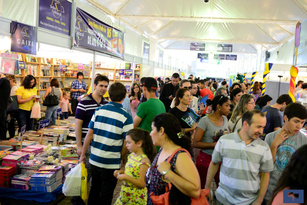 Feira do Livro - domingo 6 - Foto Marcos Labanca (9)