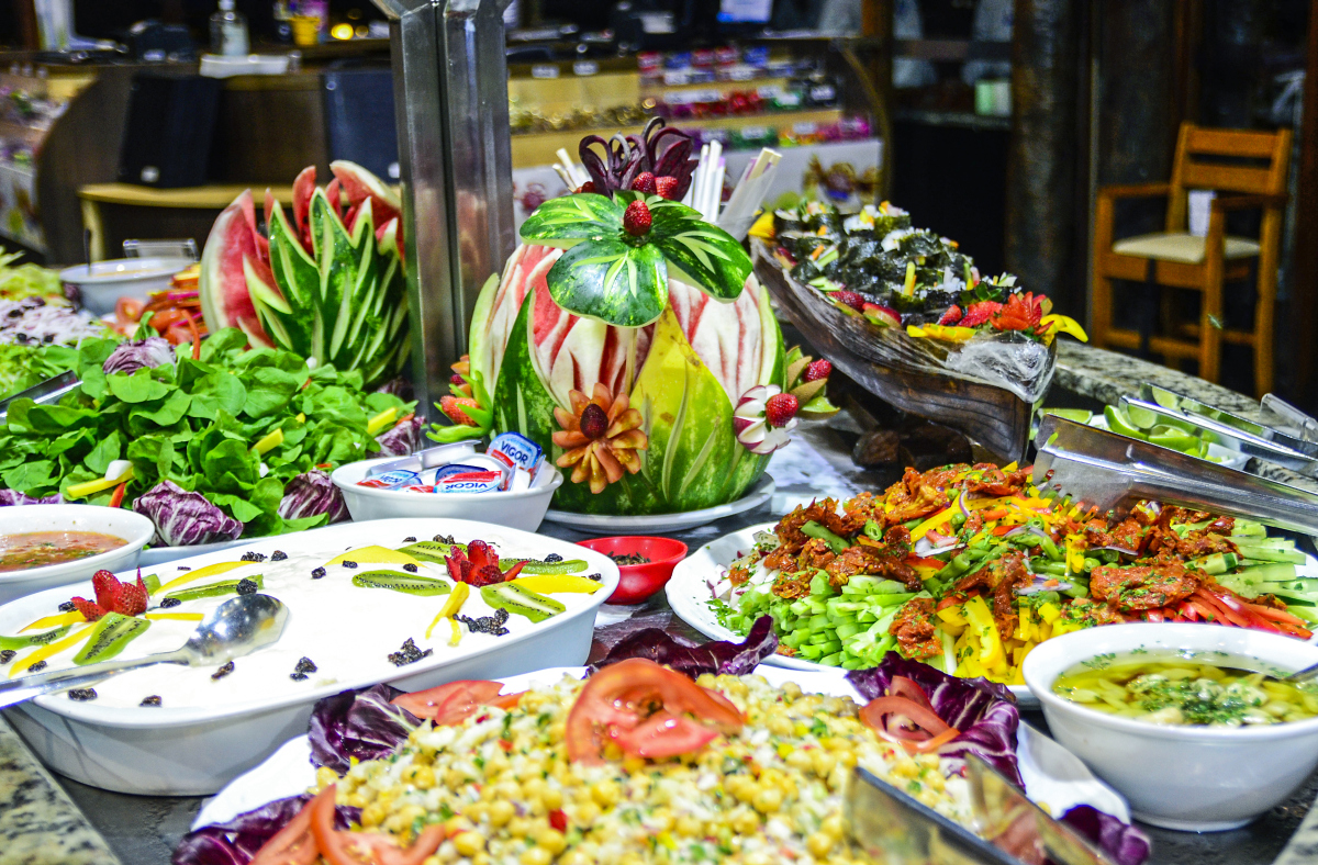 Buffet saladas - Foto Marcos Labanca